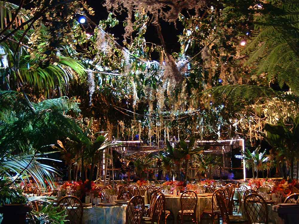 Rainforest Cafe Landry S Select Club Priority Seating